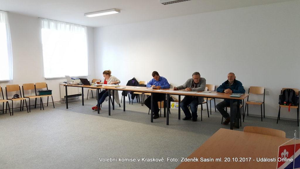 Volební komise v Kraskově.